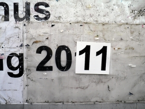 2011 written on a wall